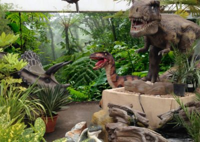 Jungle backdrop for dinosaurs