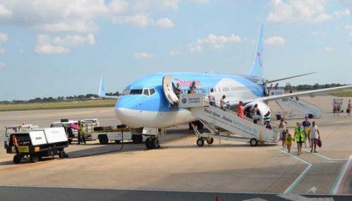airport boarding plane backdrop
