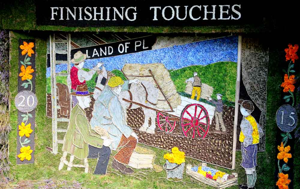well dressing backdrop