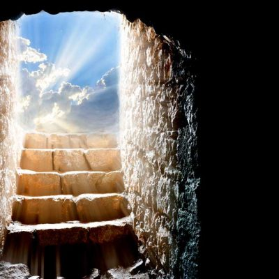 Easter-tomb-to-light
