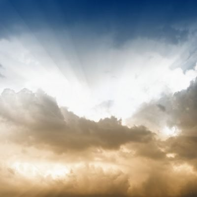 moody-sky-with-god-rays