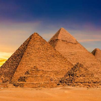 Pyramids-in-Egypt-at-dawn