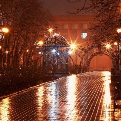 romantic-wet-park-avenue